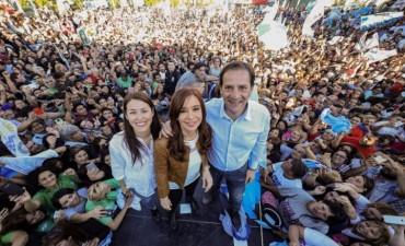 """CFK: """"Queremos un presidente que se preocupe por las listas de precios del super y no por hacer listas negras"""""""