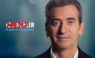 """Elecciones: El slogan de campaña """"Cumplir"""" de Randazzo, huele a verso"""
