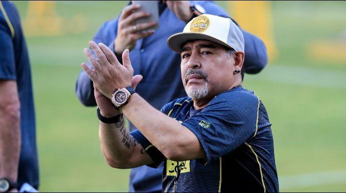 """Maradona: """"Macri puso a todos sus amigos y nos están choreando"""""""