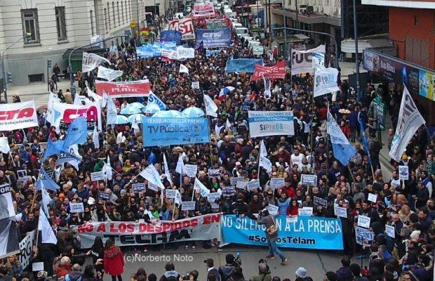 Télam: La Justicia ordenó la reincorporación de 138 trabajadores