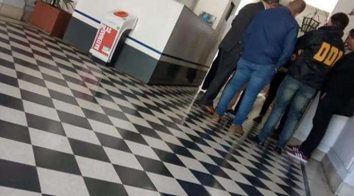 """Pilar: Nuevos allanamientos en oficinas del intendente Ducoté por una contratación """"dudosa"""""""