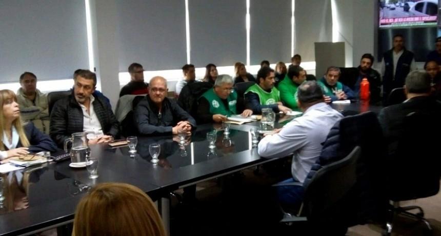 Moreno: Después de 9 días de paro, el Municipio ofreció un 15% de aumento para los municipales