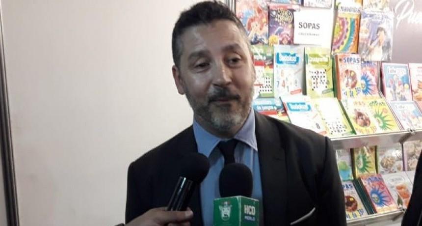 """Gustavo Menéndez: """"Voy a poner la piedra fundamental para construir el Hospital de Mariano Acosta"""""""