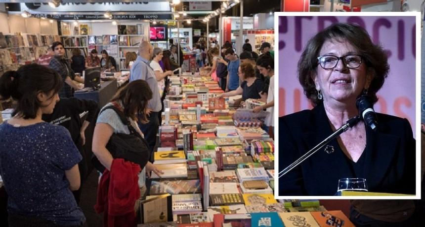 """María Carbano: """"Las Ferias del Libro de Malvinas y Merlo ayudaron a cumplir con el objetivo de ampliar el universo al que se llega"""""""