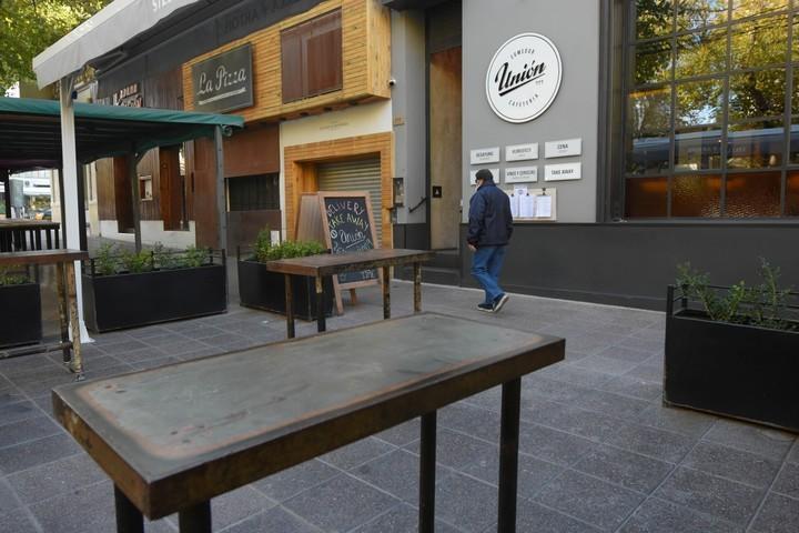 La Matanza: En qué horario y bajo que modalidad abren los bares