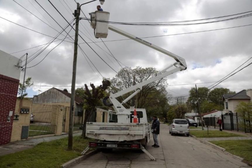 Alte. Brown: El municipio avanza con la instalación de miles de luces led