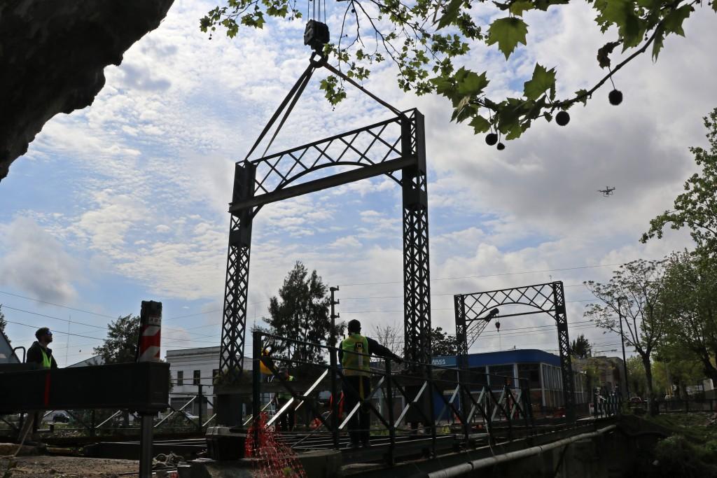 Ensenada: Avanza la recuperación del Puente Holandés