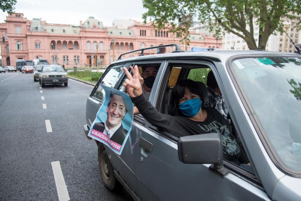 """Mayra Mendoza encabezó la """"Caravana de Quilmes a Plaza de Mayo Gracias Néstor"""""""