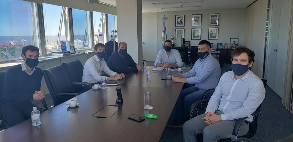 Baradero: El intendente Sanzio y el ministro Lammens confirmaron nuevas obras en el Polideportivo