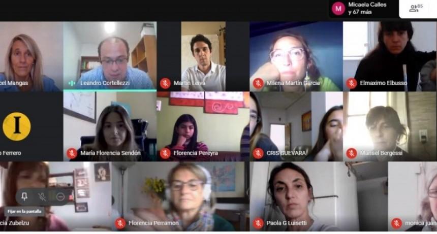 """Gral. Villegas: Más de 90 familias participaron de la charla virtual """"Peligros en la redes"""""""