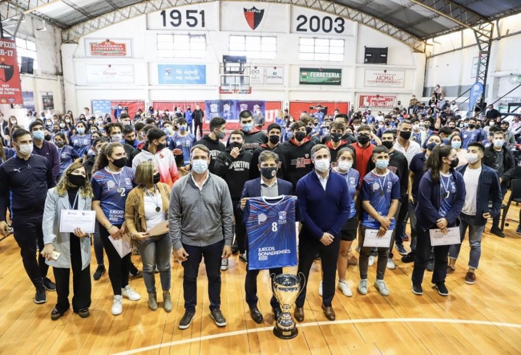 Pilar: Achával y Kicillof lanzaron la Copa Municipalidad de básquet