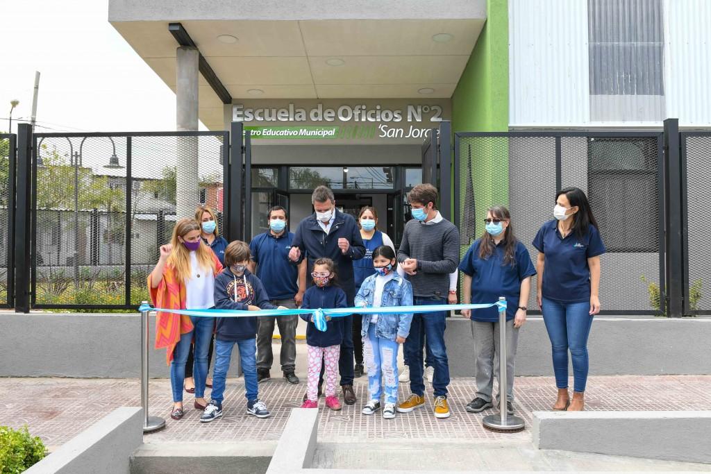 San Fernando: Andreotti y Massa inauguraron la Escuela de Oficios N°2 en el partido