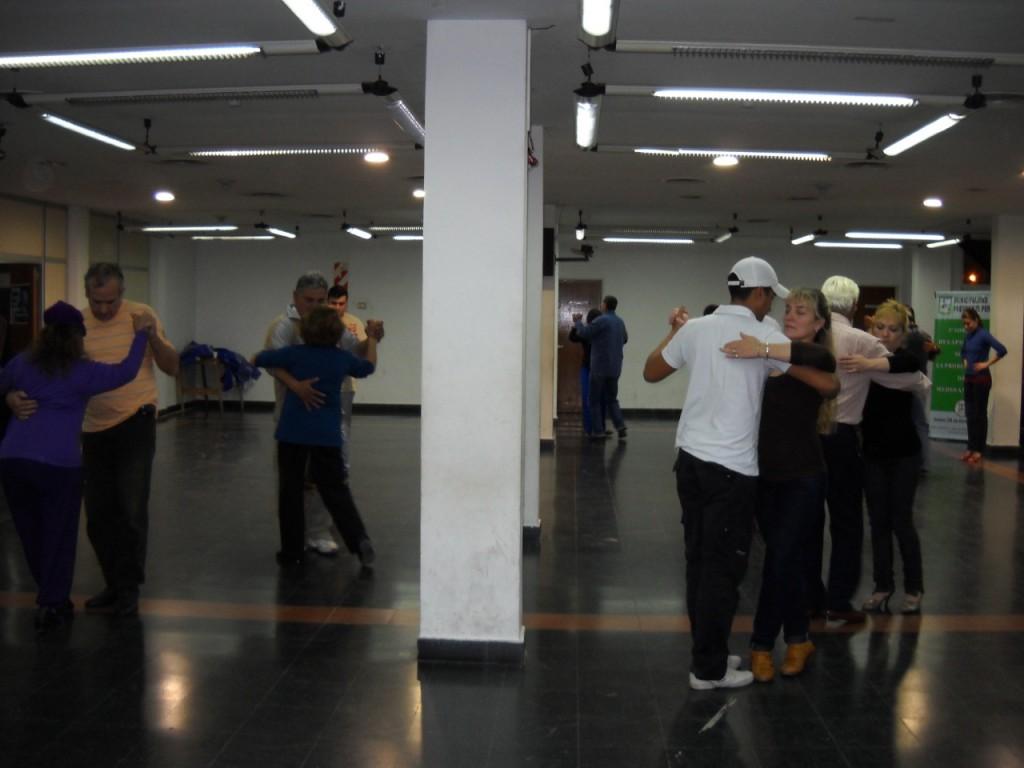 Pte. Perón: Lanzamiento de clases gratuitas de Tango y Milonga