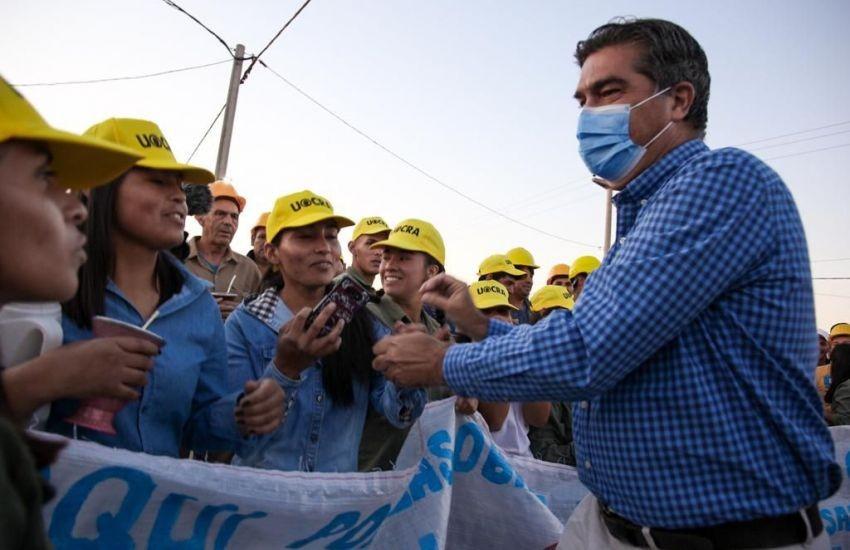 La Tigra (Chaco): Capitanich entregó viviendas y una ambulancia e inauguró la iluminación del acceso a la localidad