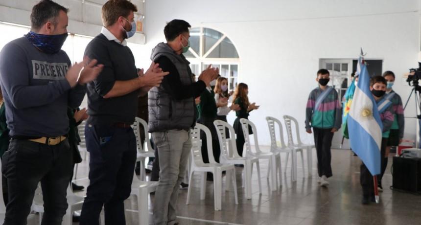 C. de Areco: Acto del Día de la Diversidad Cultural en el Colegio Siglo XXI