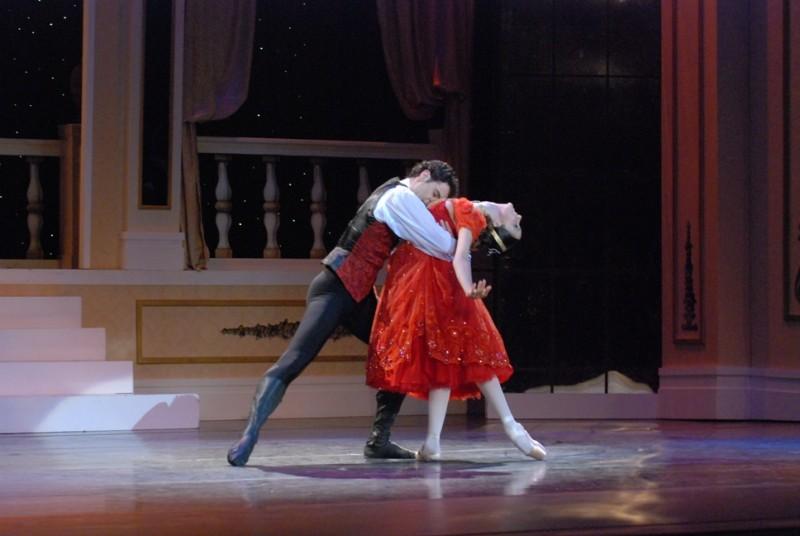 """Ituzaingo: Se presentará Iñaki Urlezaga con la Ópera """"La Traviata"""""""
