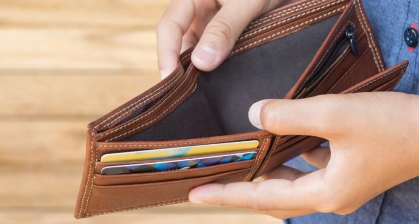 A siete de cada 10 bonaerenses no le alcanzan sus ingresos