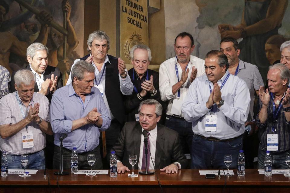 Alberto Fernández visitó la CGT y dejó un enorme discurso de unidad