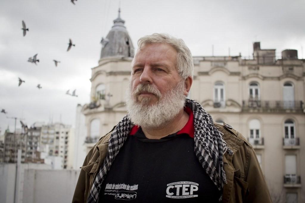 """Esteban Castro (CTEP): """"El IVA lo paga el que tiene 1M de hectáreas o el que no tiene ni una maceta. Los más pobres aportan para que el país salga adelante"""""""