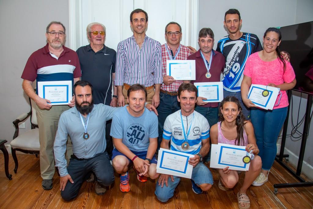 Junín: El intendente Pablo Petrecca recibió a destacados deportistas locales