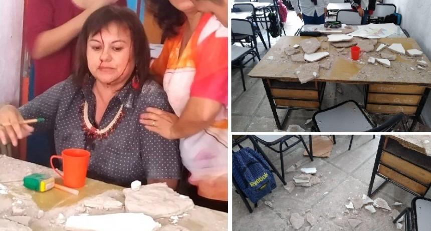 Florencio Varela: Docente herida al desplomarse parte del cielorraso de un aula