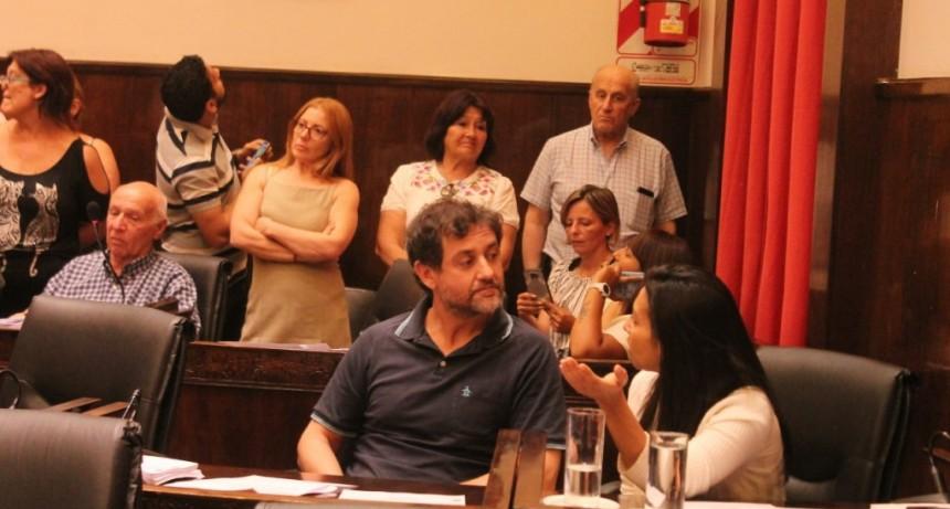 Escándalo en Morón: Tagliaferro, intentó sentar en el HCD a un concejal inhabilitado