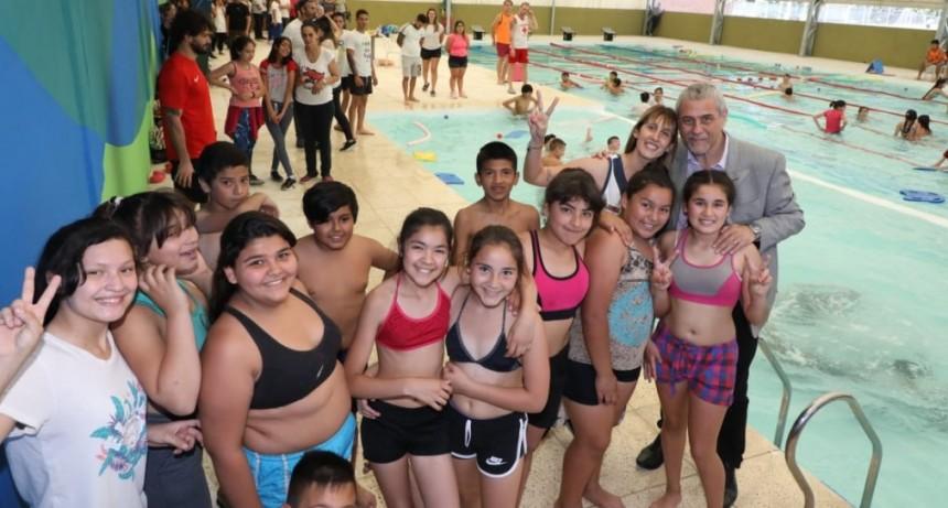Avellaneda: Ferraresi inauguró la nueva pileta climatizada del Polideportivo Delfo Cabrera