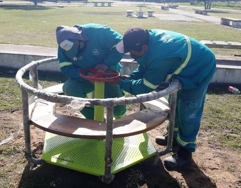 Merlo: La Secretaria de Delegaciones continúa realizando trabajos de limpieza y mantenimiento en los espacios públicos