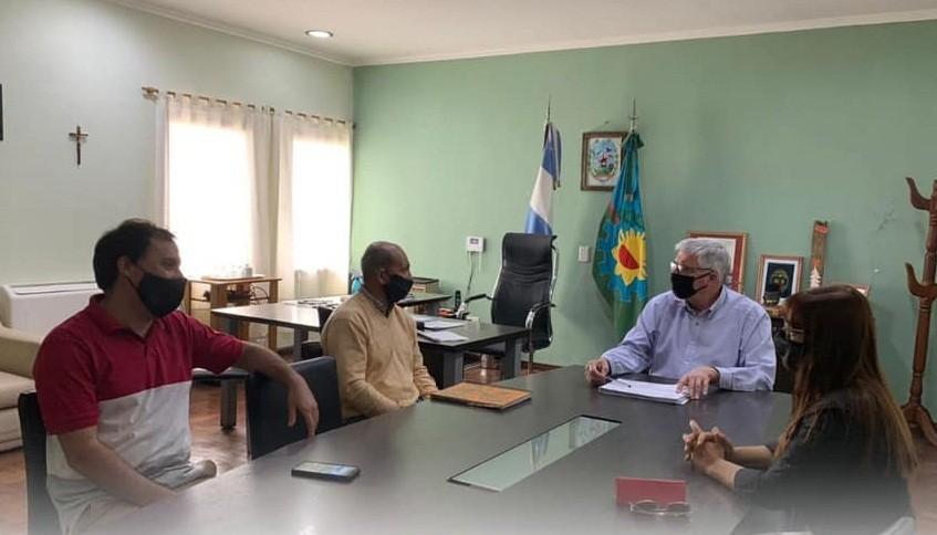 Gral. Belgrano: Dinápoli se reunió con autoridades de educación para evaluar posibles clases presenciales