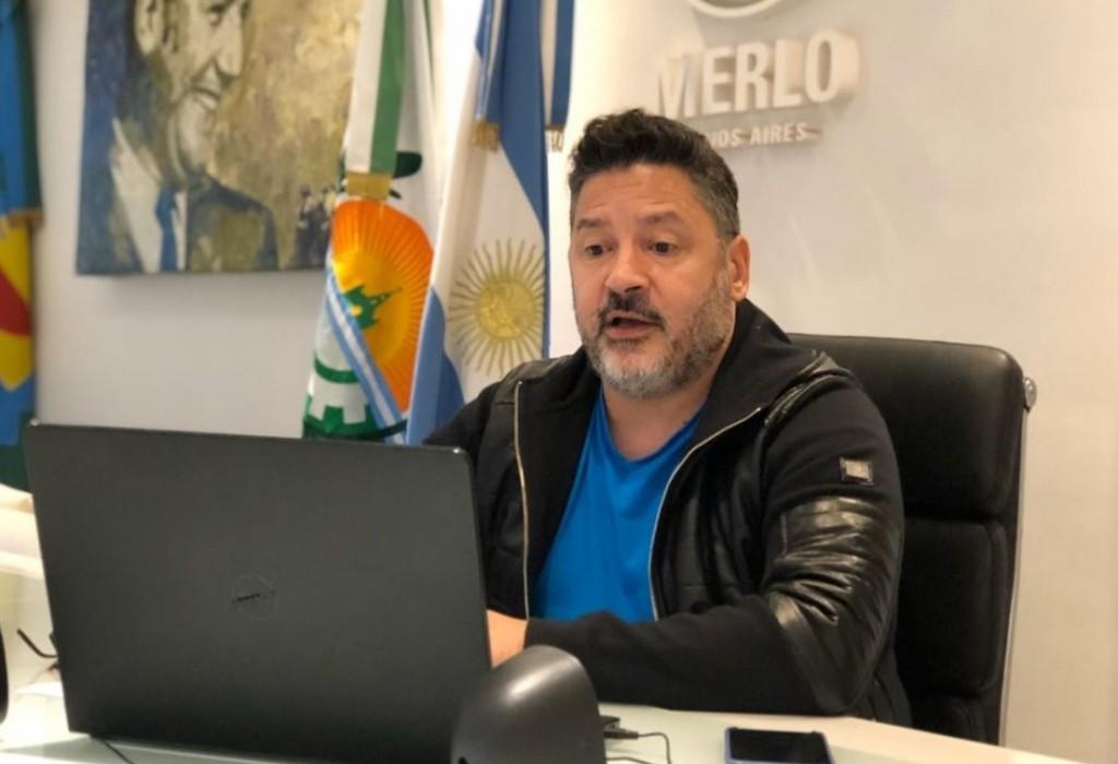 """Merlo: Menéndez denunció por """"estafa y venta ilegal de tierras"""" a funcionarios municipales"""
