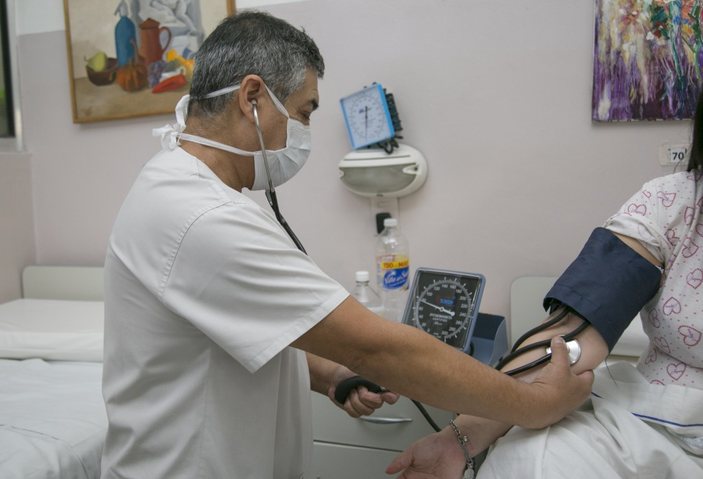 Vicente López: Jorge Macri, saludó a los enfermeros en su día y agradeció el esfuerzo