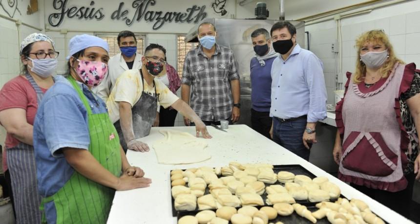Hurlingham: Zabaleta, Arroyo y Berni recorrieron un taller protegido que integra a personas con discapacidad