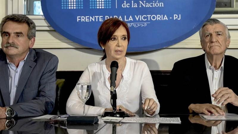 """CFK: """"No nos van a callar, no nos van a disciplinar, desde el Congreso defenderemos a los que están siendo castigados por el ajuste económico"""""""