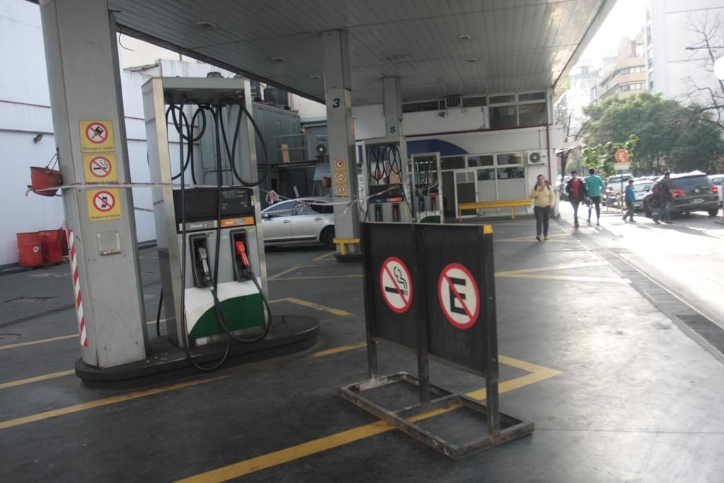 Berisso: Dueños de estaciones de servicio se manifestaron en contra de la Tasa Vial