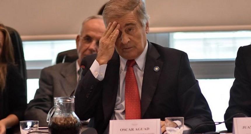 """Aguad: """"Hace un año que pagamos alojamiento en Mar del Plata"""", les dijo a familiares de los tripulantes del ARA San Juan"""
