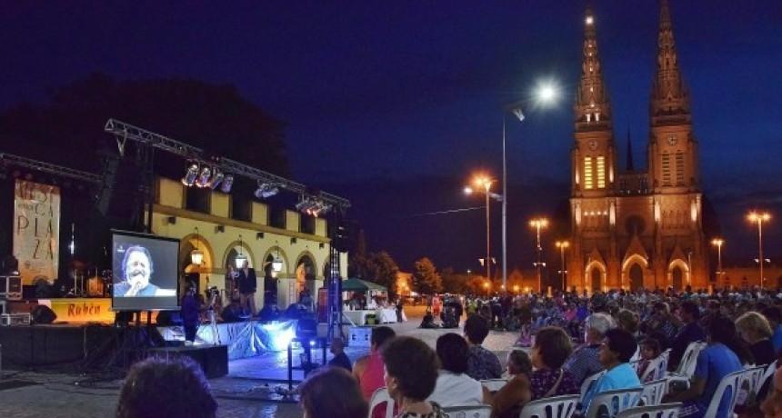 Luján: El gobierno municipal no les pagará a los artistas del evento Música en la Plaza