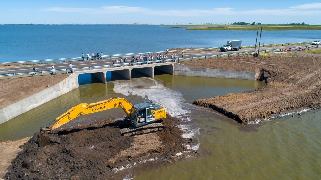 Finalizaron las obras de alcantarillado sobre la Ruta 188 en Puente de Lincoln