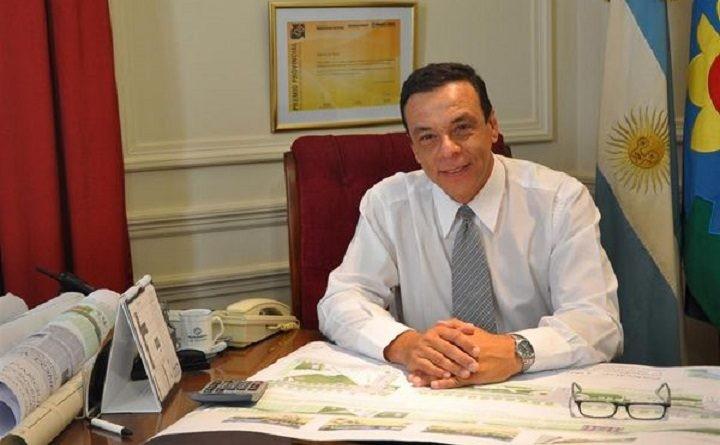 Zárate: El intendente Cáffaro entregará un bono de $ 8000 a los municipales