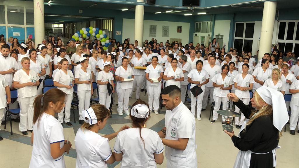 José C. Paz: Entrega de diplomas a más de 100 nuevos enfermeros del Instituto Tecnológico
