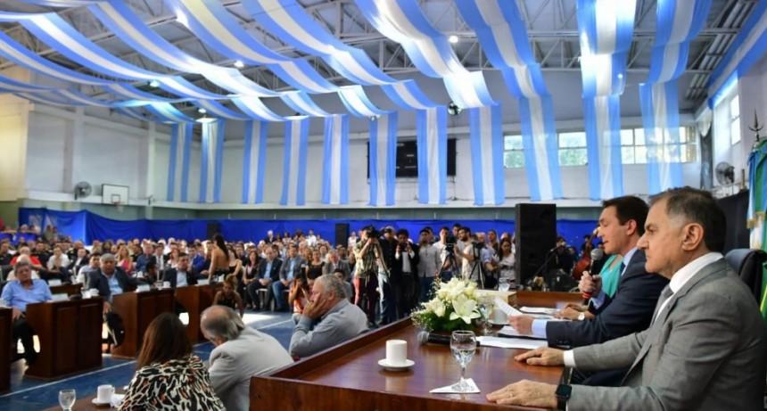 Florencio Varela: Andrés Watson asumió su primer período como intendente