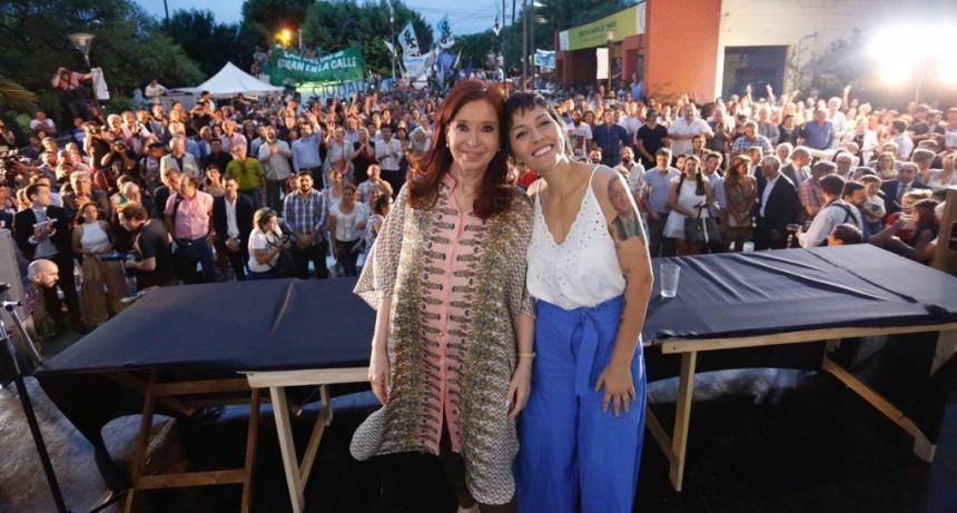 """Mayra Mendoza: """"Vamos a poner a Quilmes en sintonía con Provincia y Nación. No hay proyecto local sin proyecto nacional"""