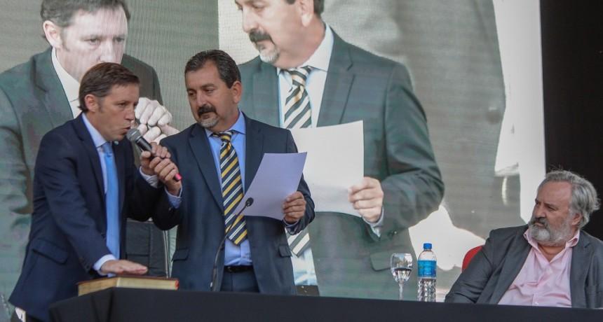 Jaime Méndez juró en su primer mandato como intendente de San Miguel