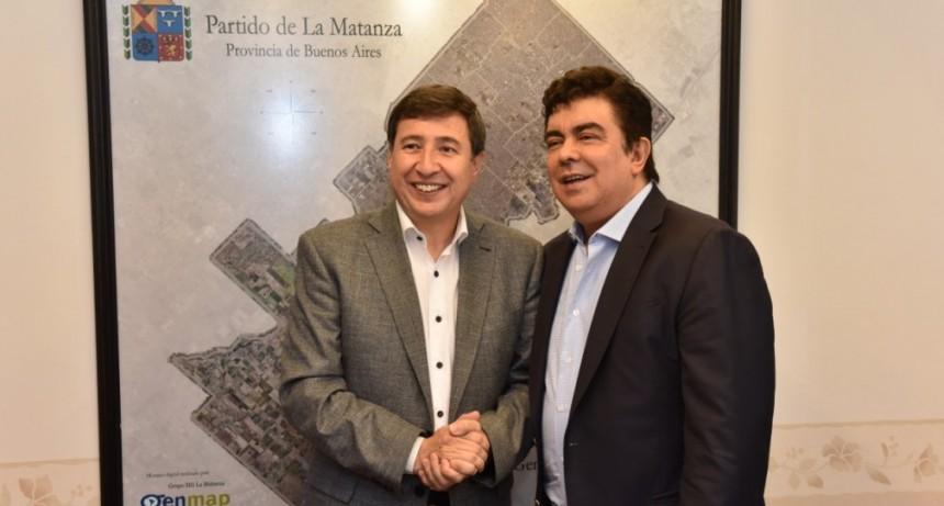 La Matanza: Espinoza recibió al ministro Arroyo para delinear medidas sociales