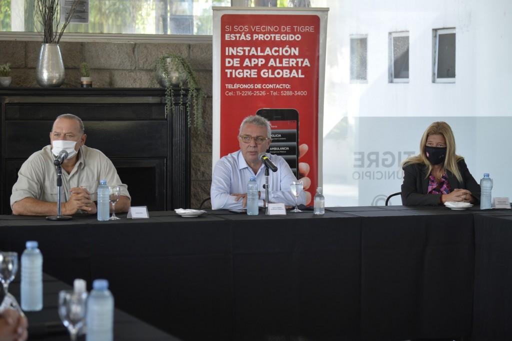 Zamora recibió a Berni en Tigre y anunciaron una inversión de 300 millones para la compra de equipamiento policial