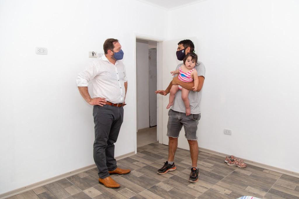 Lincoln: Una nueva familia concretó el sueño de la casa propia