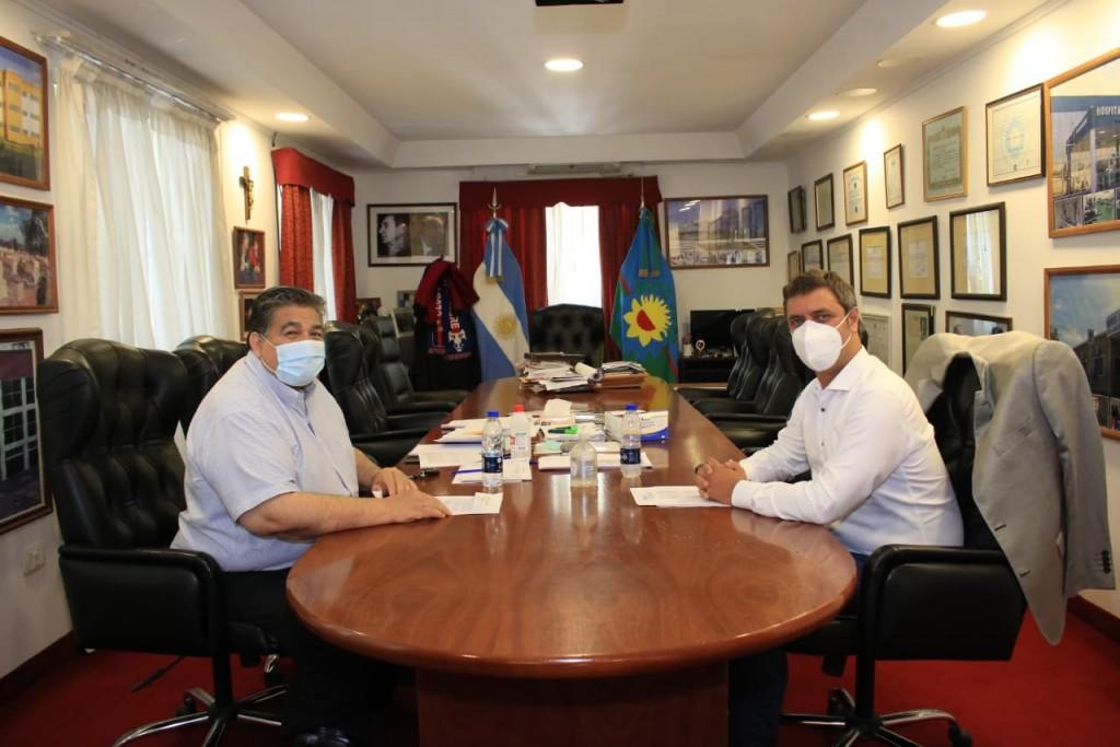 José C. Paz: Ishii y Alejo Supply pusieron en funcionamiento una nueva impresora de licencias de conducir