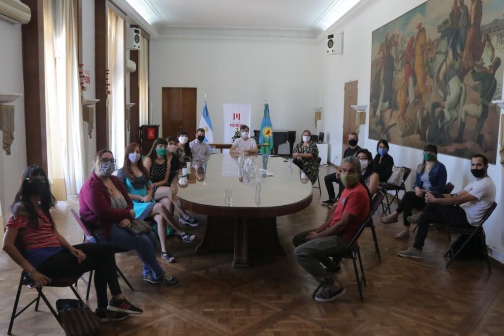 Morón: Lucas Ghi recibió a asociaciones que fueron beneficiarias del Programa Puntos de Cultura
