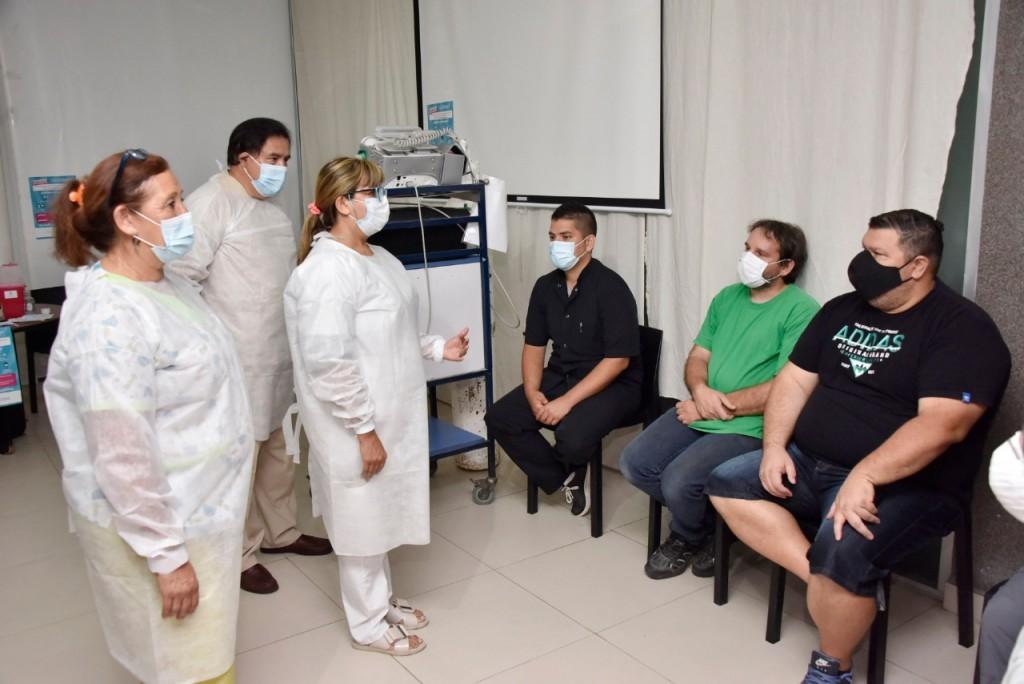 Malvinas Argentinas: El municipio comenzó a vacunar a trabajadores de las áreas de terapia de los hospitales
