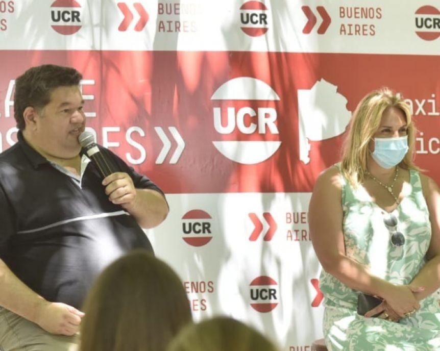 Erica Revilla recibió apoyo de dirigentes del GBA en la interna de la UCR