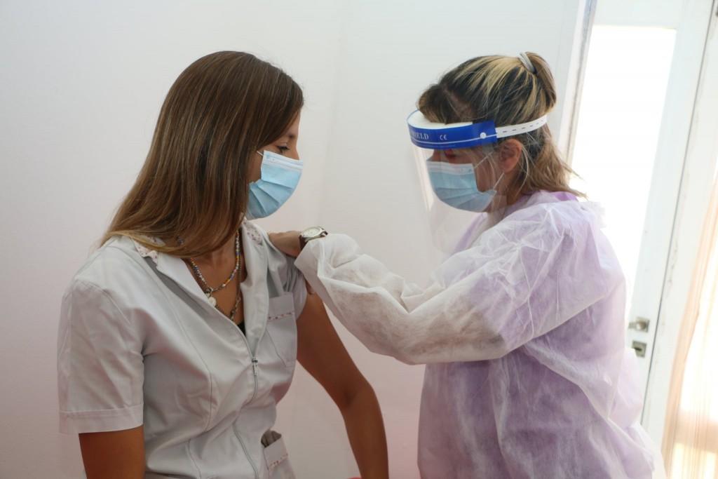 Roque Pérez: Comenzó la vacunación contra el COVID-19